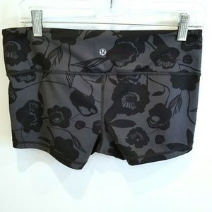 Lululemon gray and black running shorts